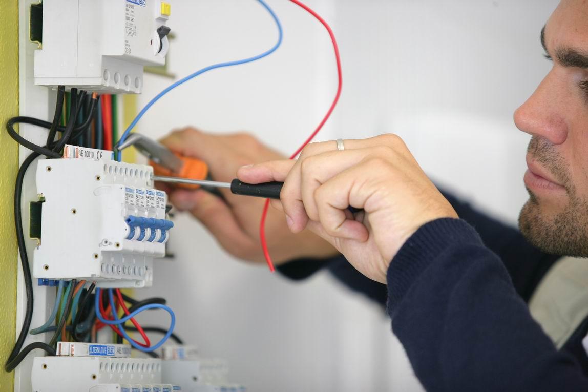 Andelec: Installation électrique neuf et renovation